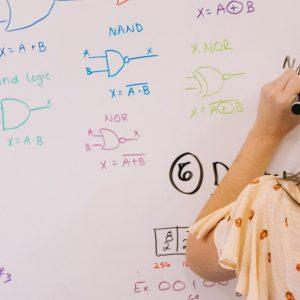 Matemáticas y punto: las otras figuras ocultas