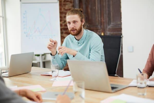 en qué trabaja un ingeniero en gestión empresarial